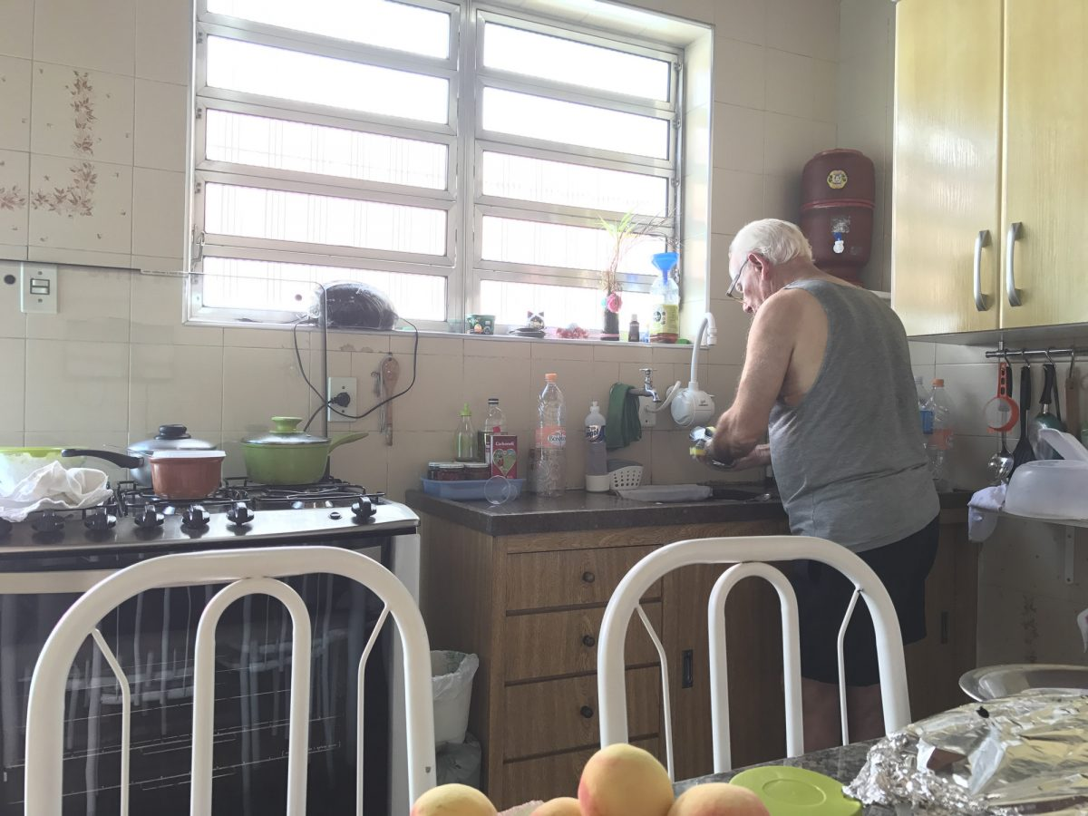 Armando in der Küche