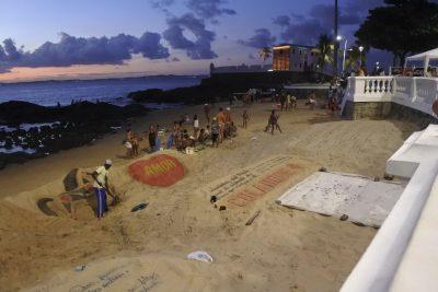 Kunst am Strand in Barra, Salvador