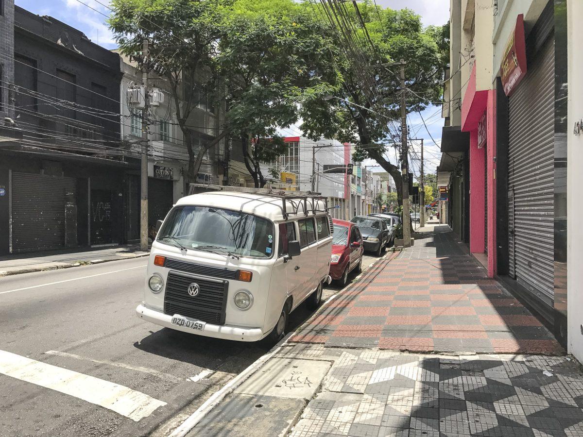 Einer der vielen VW-Busse in São Paulo