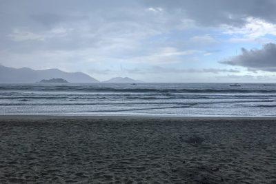 Es wird nass am Praia de Castelhanos
