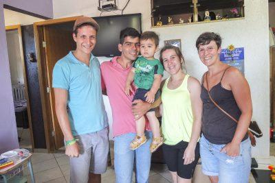Michael, Alessandro mit seiner Frau und Sohn, Marina